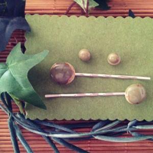 Conjunto de horquillas y pendientes verdes de cristal de Murano